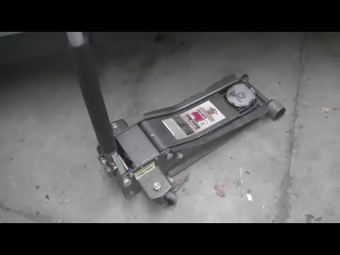 Harbor Freight Pittsburgh 3 Ton Steel Heavy Duty Floor Jack with Rapid Pump Review (Item #68048)