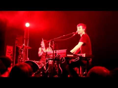 Matt & Kim - Lessons Learned (Live@Lido) 28.03.2011