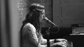Скачать VIOLIN Amos Lee Kate Mills Live Cover At Rockwood Music Hall