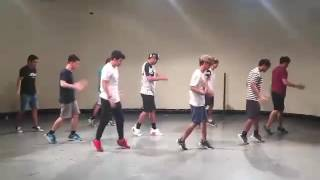 Download Video Roses by The Chainsmokers | Mastermind Dance Cover MP3 3GP MP4