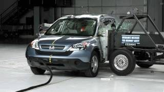 2007 Honda CR-V side IIHS crash test