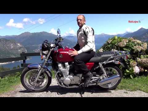 MOTOTURISMO - In prova - Honda CB 1100 EX ABS (2015) from YouTube · Duration:  6 minutes 25 seconds