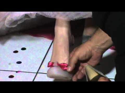 A Troca de Sapato da Thainá  06/07/2013