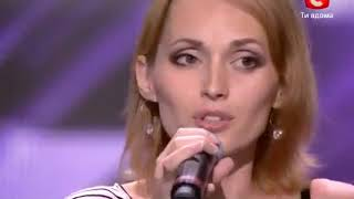 Judges stopped her because they couldn't believe it's her real voice! English Subtitles