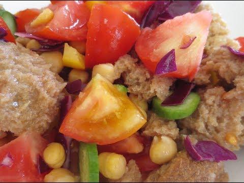 low-fat-vegan-no-oil-greekish-tomato-salad-with-barley-paximadi-croutons