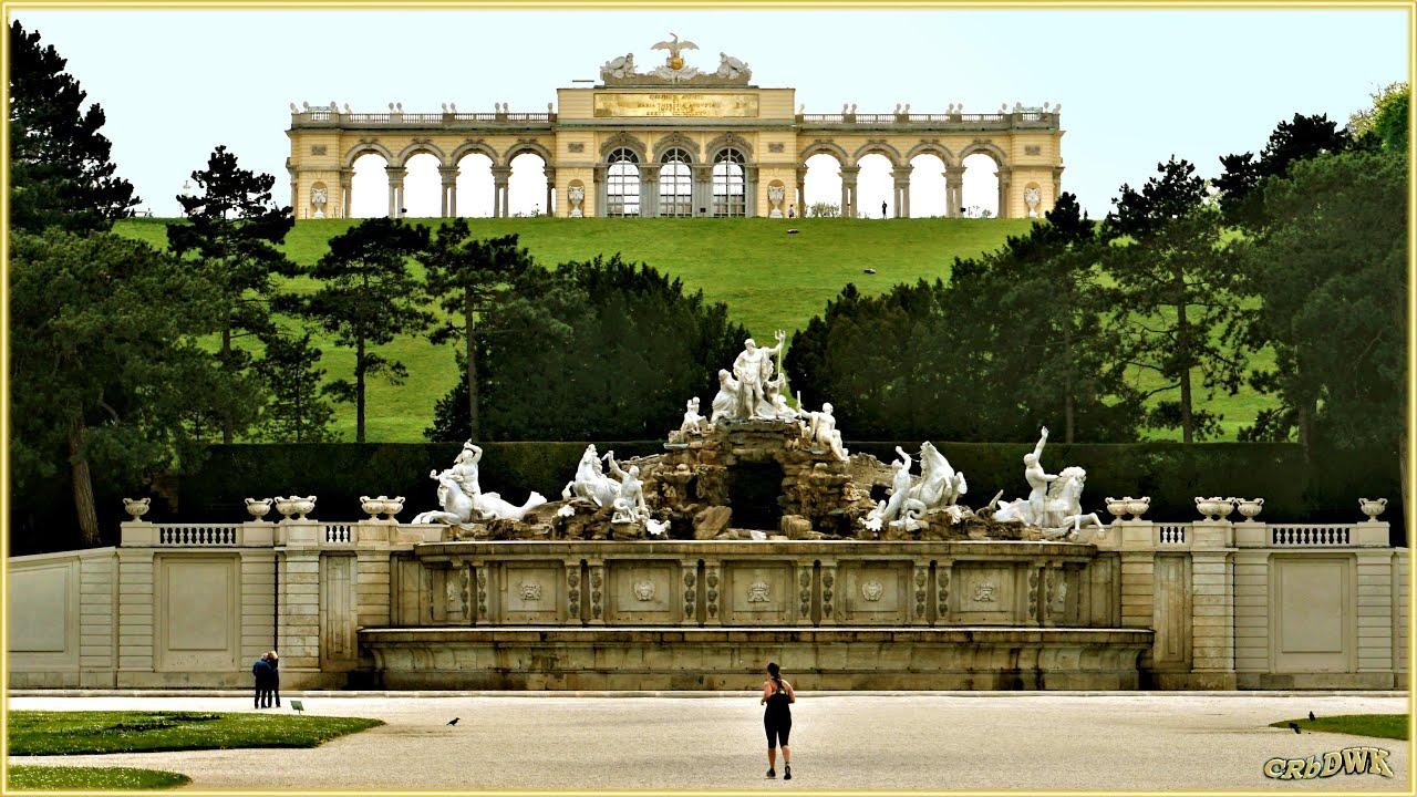 "SCHÖNBRUNN - Schlosspark, Corona-Zeit April 20 - ""Wieder-Öffnung"" i.d. Corona-Pandemie"