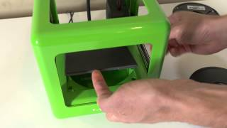 M3D 3D Printer Review(First Impressions review of the M3D #3DPrinter - a $350 small 3D printer for hobbyists and schools. This is the video version of the review which was written at: ..., 2015-06-01T02:39:14.000Z)