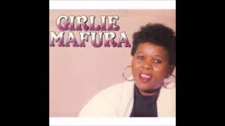GIRLIE MAFURA  SONG:PAPA  MAFURA