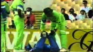 wasim akram stunning bowling - dangerous if you are a batsman