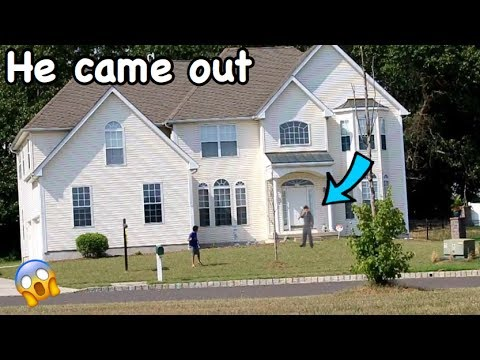 DING DONG DITCHING A SERIAL KILLER'S HOUSE! *HE CAME OUT*