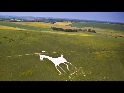 Soaring Pewsey Downs and thermaling away (White Horse)