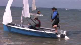 How to Sail - 2H Beach Launch - Part 2 of 5: Onshore wind