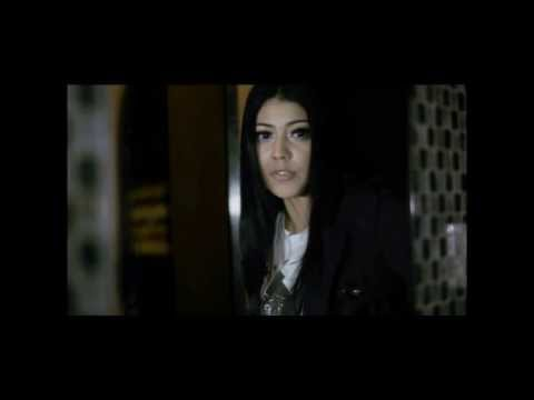Iva Bachdim kesendirianku OFFICIAL Video Clip
