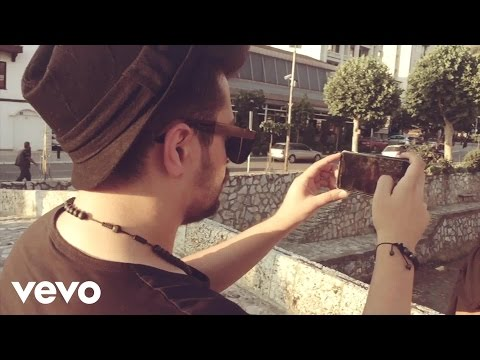 Elvana Gjata - Love me (Official MobilePhoneVideo) ft. Bruno