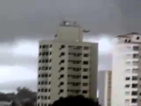 Pleiadean UFO over Brazilian Skies. i think its fake !!!