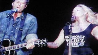 Miranda Lambert and Blake Shelton_Home_King of the Road.AVI