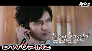 D 39 wapinz Band Biasa Tersakiti Official Music Video with Lyrics