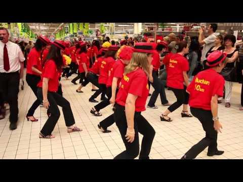 Auchan Perpignan Flash Mob Officiel 50 Ans