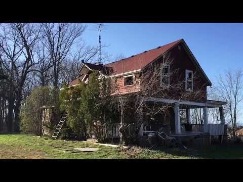 Exploring Abandoned Farmhouses in Grimsby Ontario