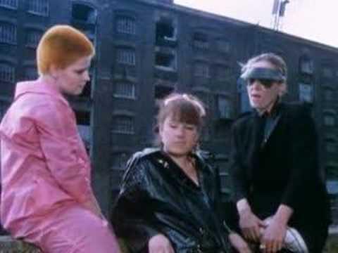 My Love Is Like A Red Red Rose - Jubilee (1977) Derek Jarman