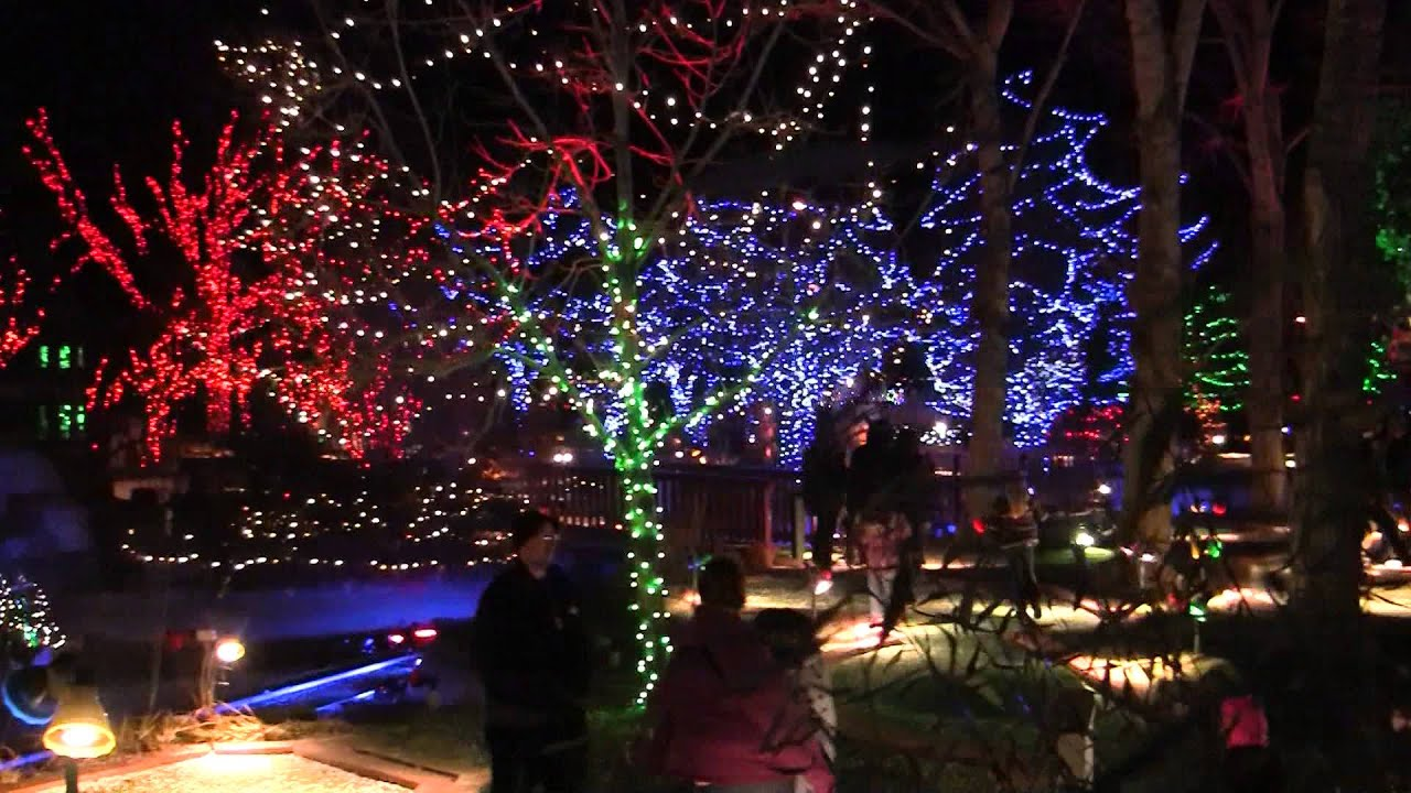 Adventure Golf and Raceway Holiday Lights & Miniature Golf - YouTube