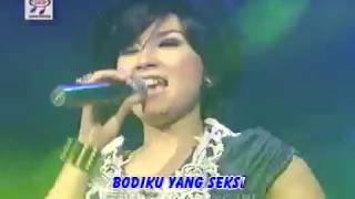 Gambar cover Ratna Antika - Bukak Sitik Joss [Official Music Video]