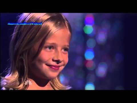 Видео, у маленькой девочки самый сильный оперный голос в мире просто шок, как она поет