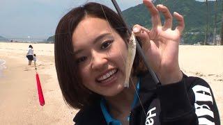 ささめ針の吉井さんとハピソンガールの小西さんが須磨海岸でキス釣りを...