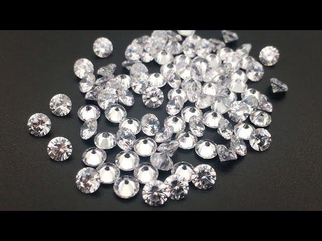 3A Quality Cubic Zirconia White Color Round Diamond Brilliant cut 4mm Gemstones