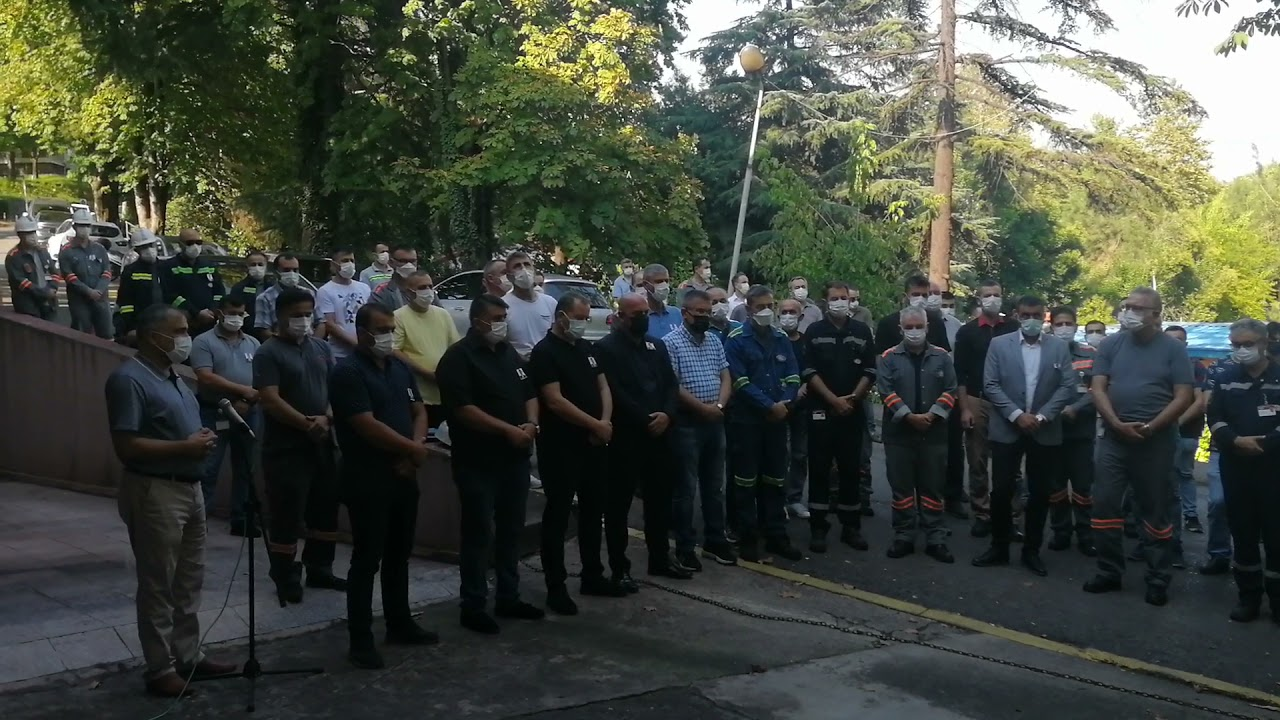 Download 10.08.2021 Şehit Erdemir Personeli Erol Bayraktar'ın cenaze töreni