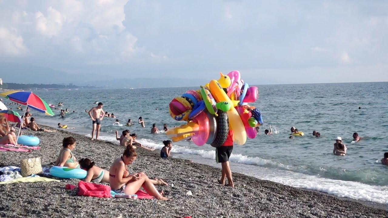 Смотреть онлайн видео все части нудиский пляж