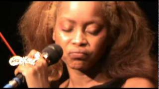 Erykah Badu, Fall in Love (your funeral) - Live @ Brixton Academy 2010