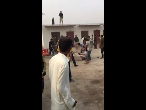 Chinese construction engineers Fight with Pakistan Police | silisili