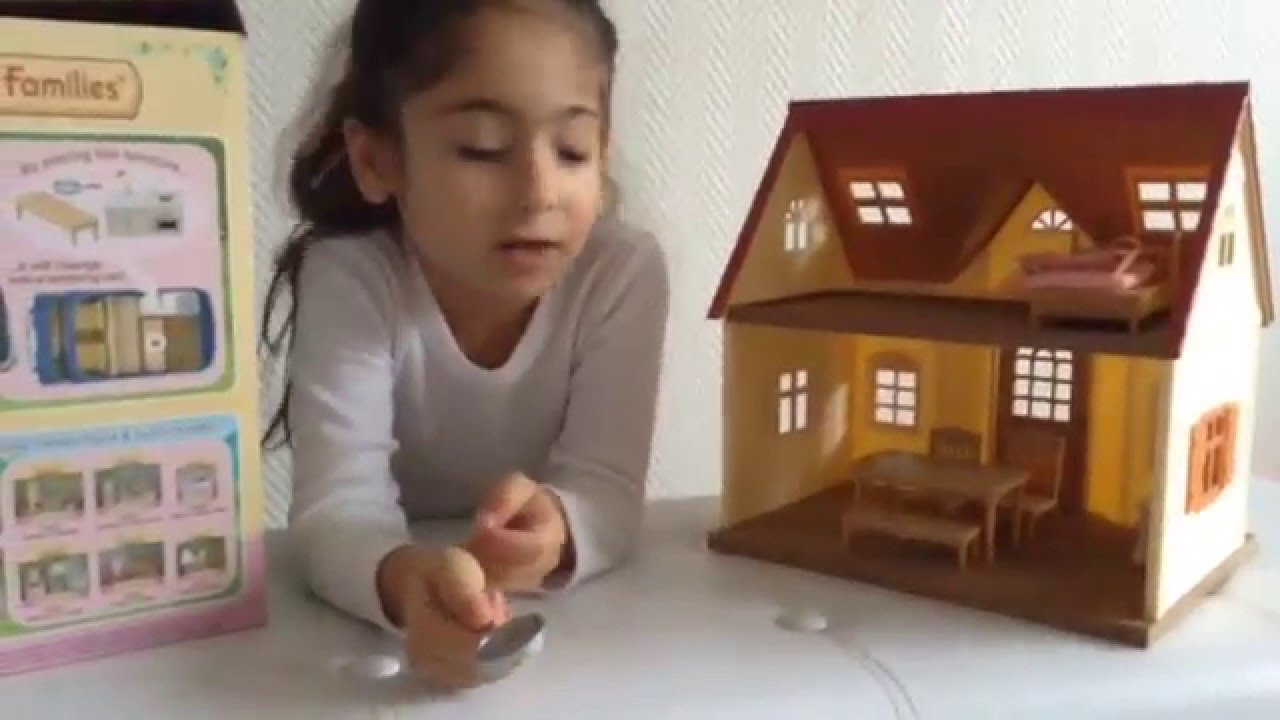 pr sentation jouet sylvanian families la maison. Black Bedroom Furniture Sets. Home Design Ideas