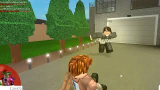 Welcome to Bloxburg! being poor [social experiment