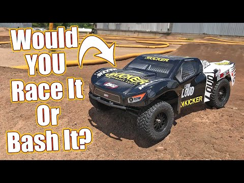 Crank Up The Short Course Action! Losi Kicker 22S SCT 2WD RC Truck Review | RC Driver