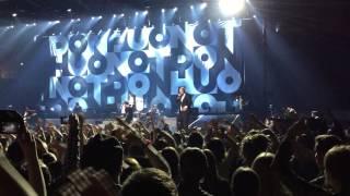 Don Huonot feat. Paleface - Verta, Pornoa ja Propagandaa (Helsingin jäähalli 28.2.2015)