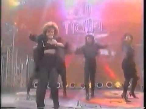 Paula Abdul - Knocked Out (Live @ Soul Train) (1988) (HQ)