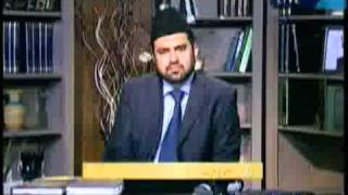 Allegation that Ahmadiyya Muslim Jamaat is trying to indulge in politics in various countries.flv