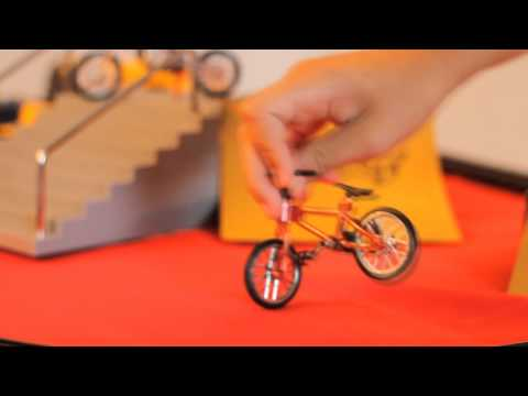 FlickTrix - Manobras Com Bike De Dedo!
