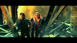 Courtyard Apocalypse - Harry Potter and the Deathly Hallows: Part 2 (HD)