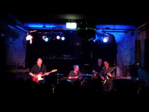 The Sea And Cake live - Window Sills - at Milla in München Munich 2013-03-02,