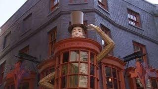 Актёры из фильма о Гарри Поттере приехали на открытие Косого переулка в Орландо (новости)