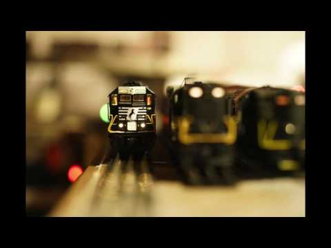 Sony A99II Continuous AF Testing - Model Train Approching