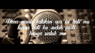 RIELL MC- Nona Manis Official Lyric Video