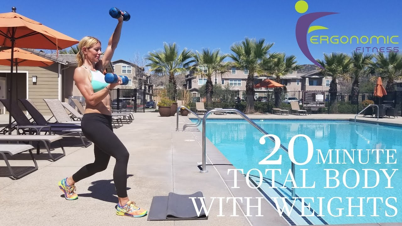 20 MINUTE TOTAL BODY - OUT DOOR BUILD AND TONE ON THE RUN