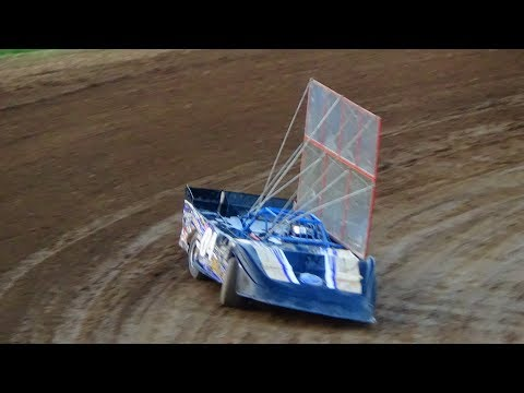 Outlaw Late Model Qualifying at Crystal Motor Speedway, Michigan on 09-03-2017!