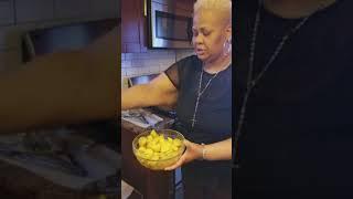 25 minute meals...steamed fried chicken green beans, garlic potatoes