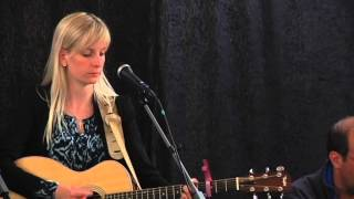 (289) Emilia Lindberg: Nede i dalen