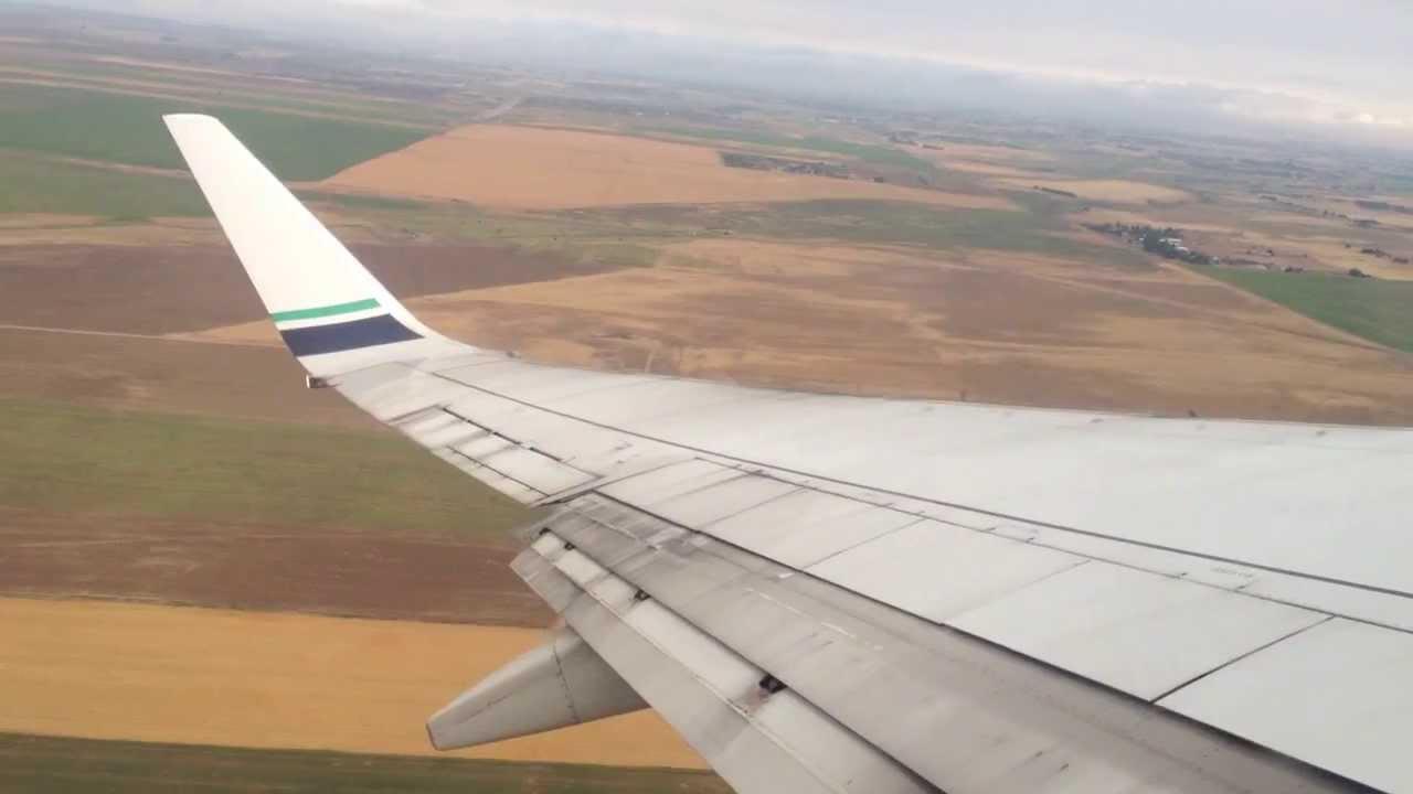 Alaska Airlines Boeing 737 700 Takeoff Denver Youtube